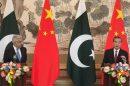 आसिफ ख्वाजा पाकिस्तान और वांग यी चीन