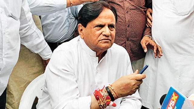 अहमद पटेल कांग्रेस राहुल गाँधी