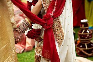 सरकार देगी अंतरजातीय विवाह पर आर्थिक मदद