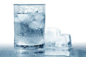 ठंडा पानी पीने के नुकसान