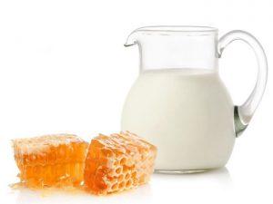 दूध शहद गोरा होने के लिए