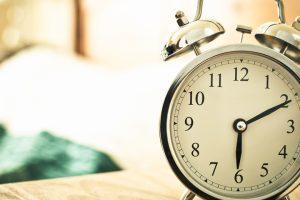 सुबह जल्दी उठें