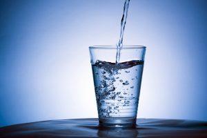 खाने के बाद पानी पीना