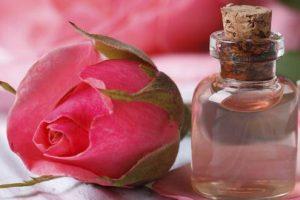 गुलाबजल