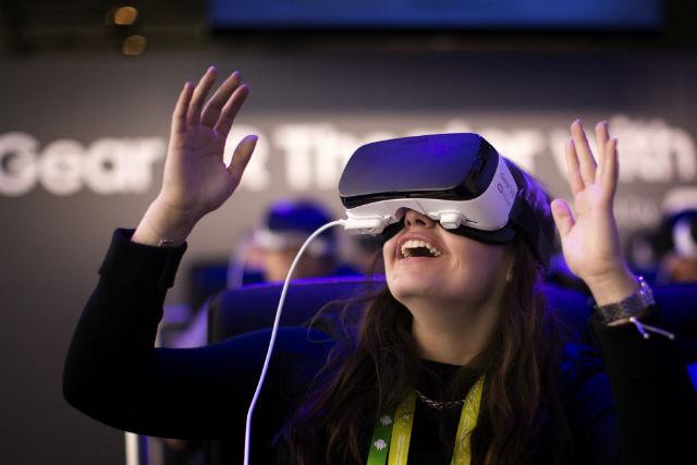 वर्चुअल रियलिटी virtual reality in hindi