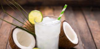 नारियल पानी