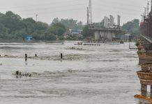 यमुना में बाढ़