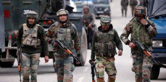 जम्मू कश्मीर में तैनात भारतीय जवान