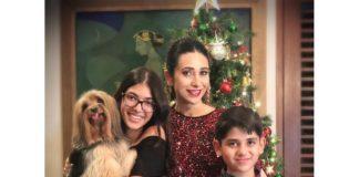 करिश्मा कपूर एंड फॅमिली क्रिसमस पार्टी