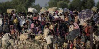 म्यांमार से बेघर हुए रोहिंग्या शरणार्थी