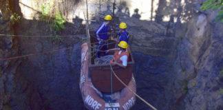 मेघालय: खदान में 33 दिन से फंसे 15 खनिकों में से एक खनिक के शरीर को नौसेना गोताखोरों ने देखा
