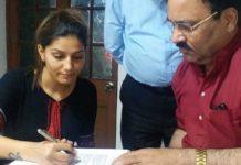 लोक सभा चुनाव: सपना चौधरी हुई कांग्रेस में शामिल, हो सकता है मथुरा की हेमा मालिनी से सामना