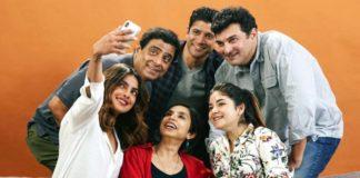 """खत्म हुई प्रियंका चोपड़ा और फरहान अख्तर अभिनीत फिल्म """"द स्काई इस पिंक"""" की शूटिंग"""