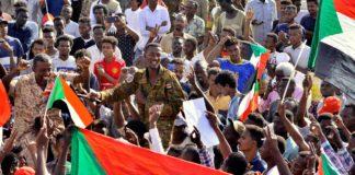 सूडान में ख़ुशी की लहर