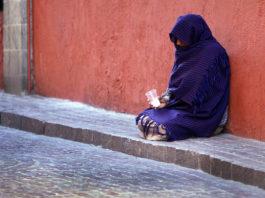 beggar essay in hindi