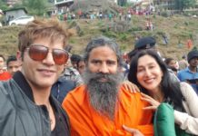हमेतुमसे प्यार कितना: करणवीर बोहरा और तीजे सिद्धू ने फिल्म के लिए लिया बाबा रामदेव का आशीर्वाद