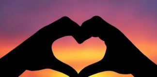 essay on love in hindi