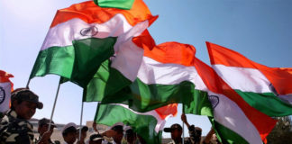 essay on patriotism in hindi
