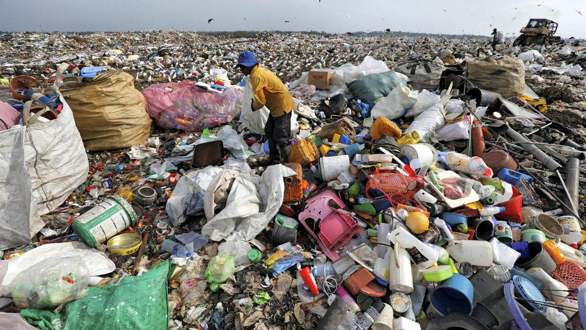 essay on plastic pollution in hindi