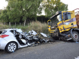 road accident essay in hindi