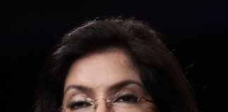 ज़ीनत अमन ने साइन की अर्जुन कपूर और कृति सेनन की पीरियड-ड्रामा फिल्म पानीपत