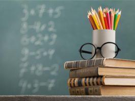 essay on education in hindi