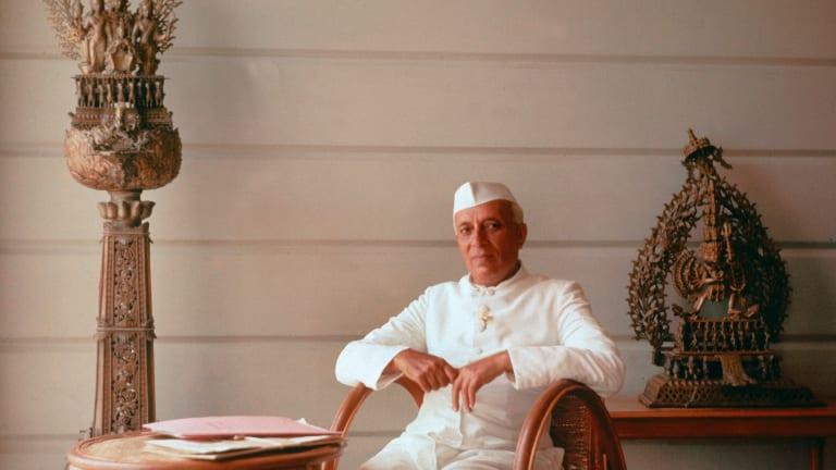jawaharlal nehru paragraph in hindi