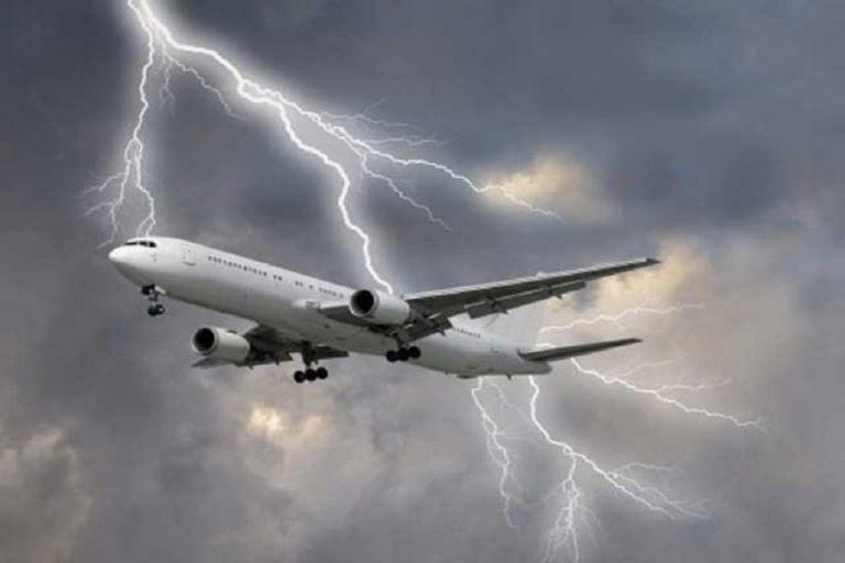 पाकिस्तान के एटीसी ने भारत से ओमान जा रहे विमान को बचाया