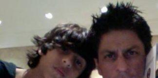 थ्रोबैक विडियो: शाहरुख़ खान ने खेला आर्यन, शनाया, सुहाना और अनन्या पांडे के साथ फुटबॉल