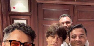 शाहरुख़ खान और मलयालम निर्देशक आशिक अबू के बीच दो घंटे हुई बातचीत, क्या किंग खान ने साइन की नई फिल्म?